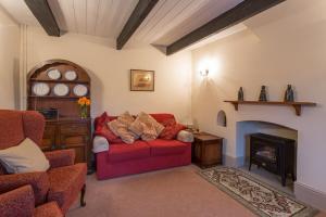 MarshwoodFarm-cottage-08